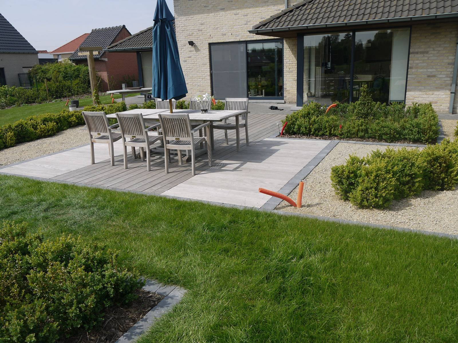 Mike roetynck 7 menen - Claustra ontwerp pour terras ...